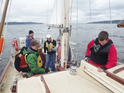Yankee Clippers Eastside Peak Crew learning how to sail the ship